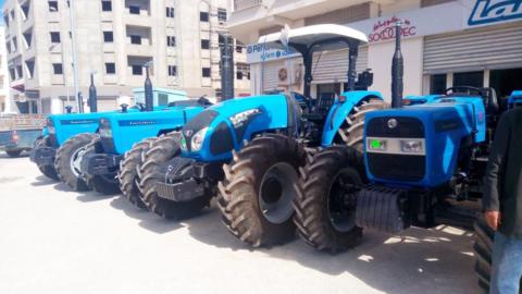 Installation-GPS-dans-des-tracteurs-landini-Kairouan