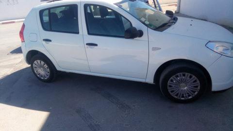 instalation-GPS-dans-une-Dacia-Sahloul-Sousse